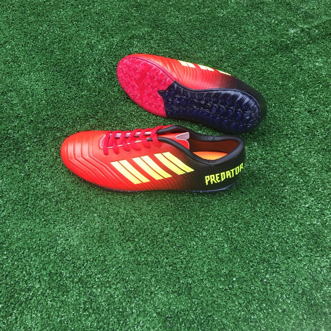 Giày đá bóng,giầy đá banh sân cỏ nhân tạo