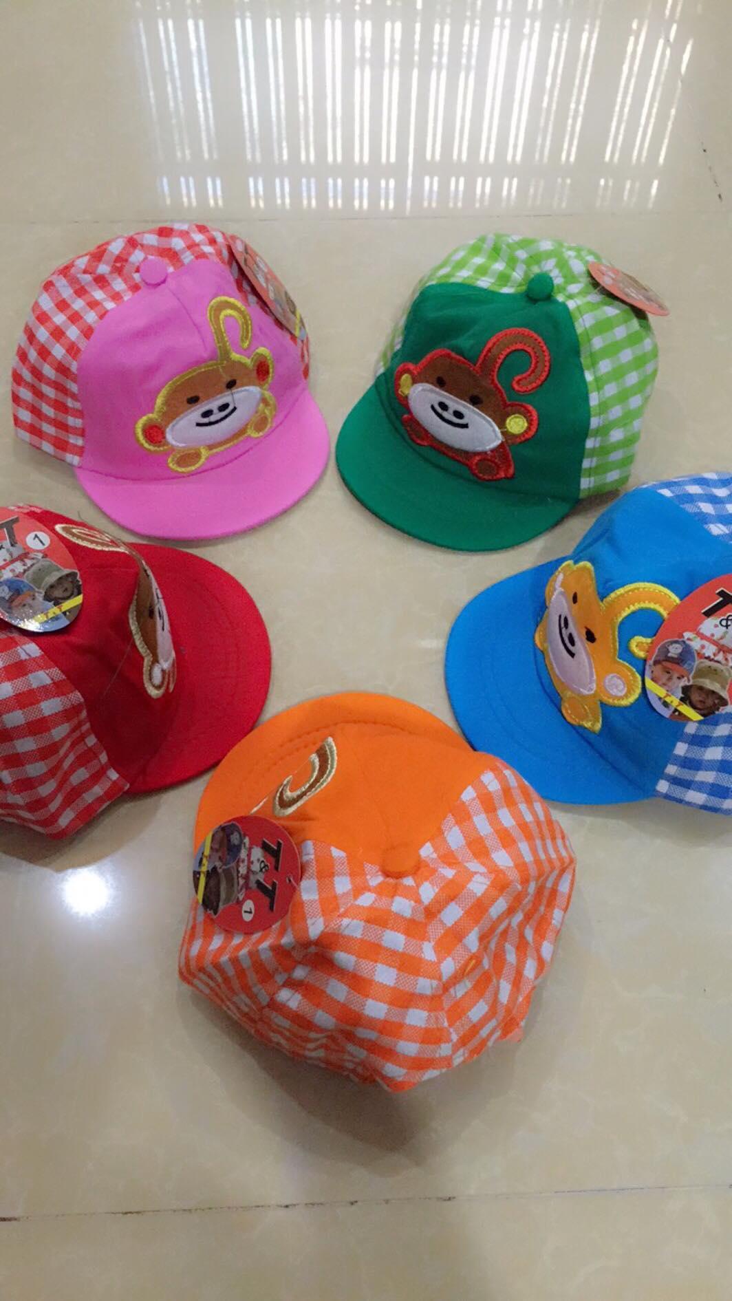 Hình ảnh nón két dành cho bé trai chất vải cực mềm có nhiều màu ( giao màu ngẫu nhiên)