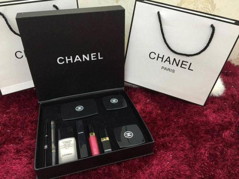 Bộ set trang điểm 9 sản phẩm Channnellll nhập khẩu