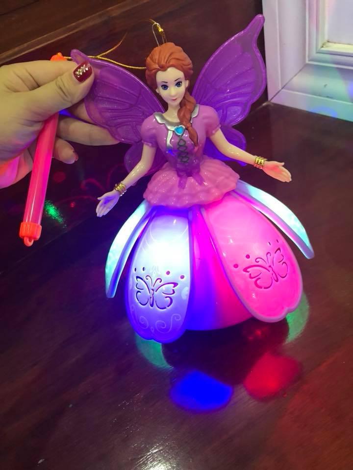 Hình ảnh Lồng đèn trung thu công chúa Elsa đầm nhựa xòe dùng pin có đèn nhạc
