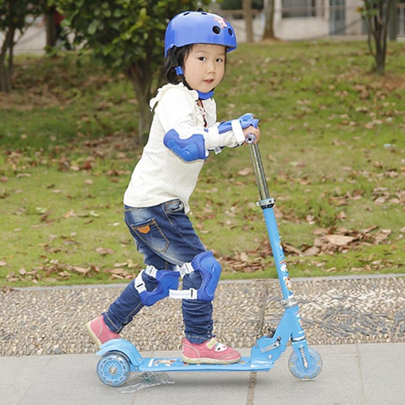 Mua Gia xe truot tre em, Bộ đồ chơi thông minh - MUA NGAY Xe Scoster bánh phát sáng, cho trẻ kích thích vận động, cao, khỏe, phát triển toàn diện- Bảo hành UY TÍN 1 đổi 1