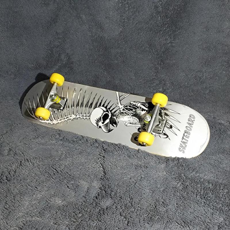 skate board hình đầu lâu Mã: SK0060 - XÁM