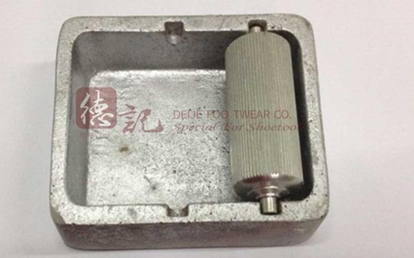 Hộp mẫu dầu bên hộp