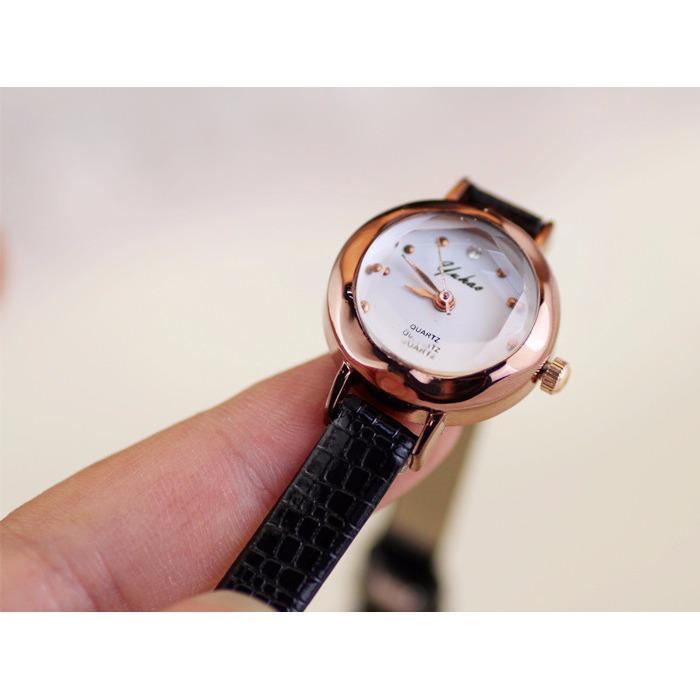 Đồng hồ nữ Yuhao dây da trơn mềm mặt kính khối 3D xinh xắn JS-YH02