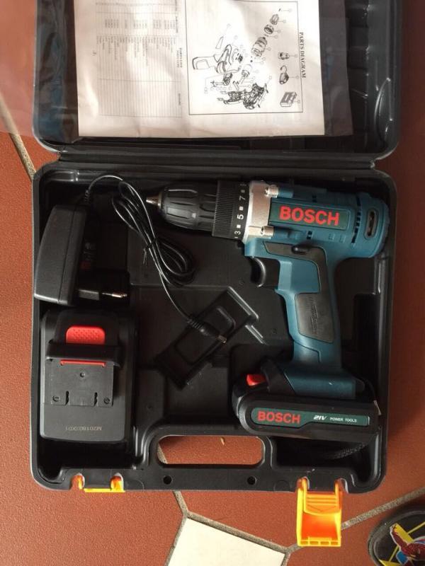 Máy khoan pin Bosch 21V-bosch