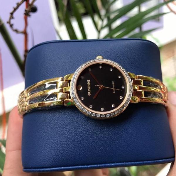 Đồng hồ nữ lắc tay đính đá cao cấp Sunrise SL728SXA Fullbox kính Sapphire chống xước (Dây Vàng)