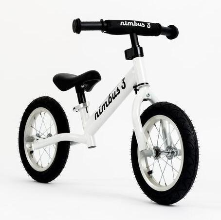 Xe đạp thăng bằng Nimbus 3 trắng