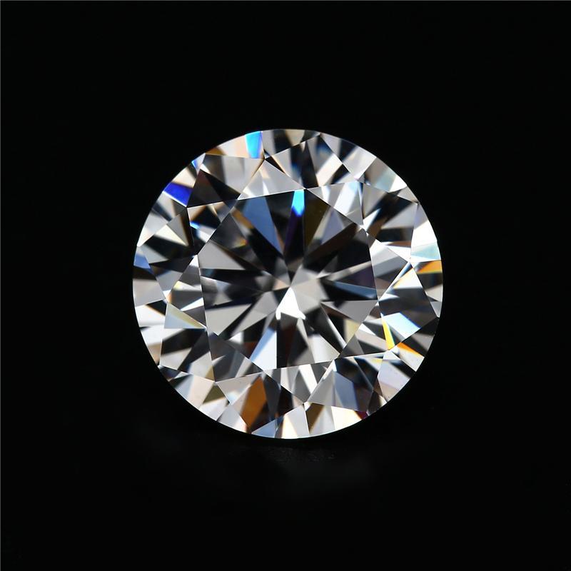 Moissanite diamond 6ly5