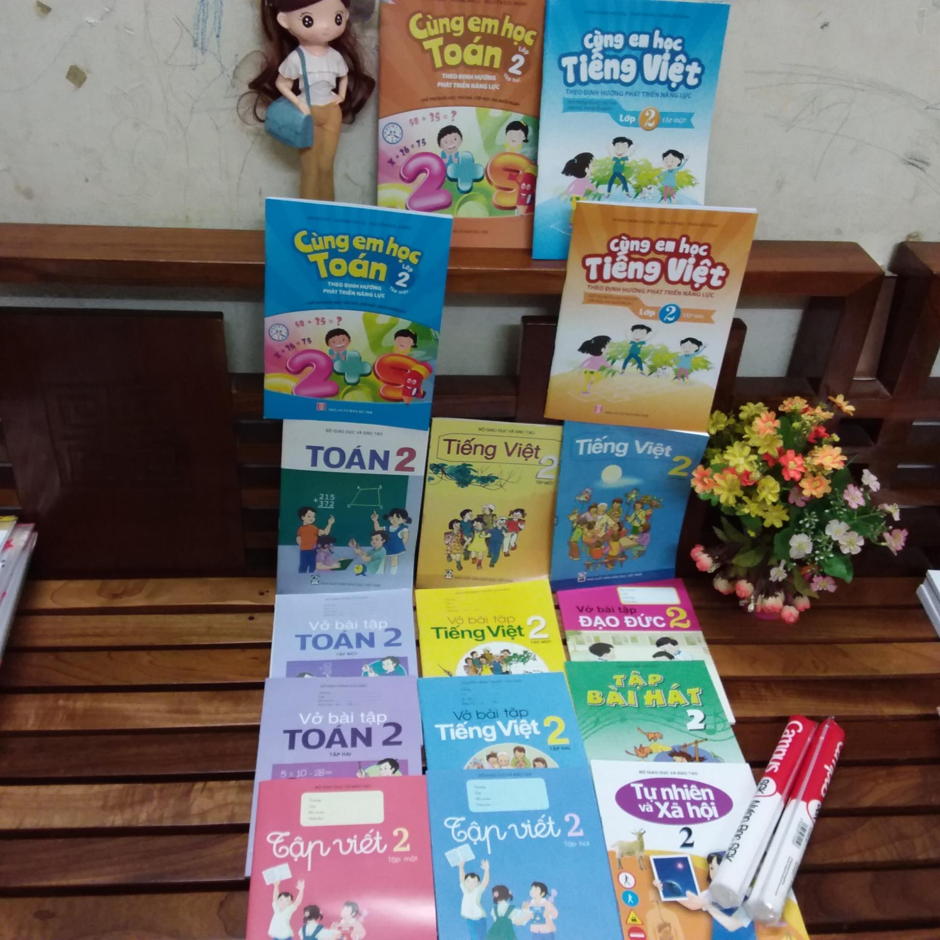 Mua Bộ sách giáo khoa lớp 2 ( gồm 16 cuốn +2 tập bọc sách giáo khoa )