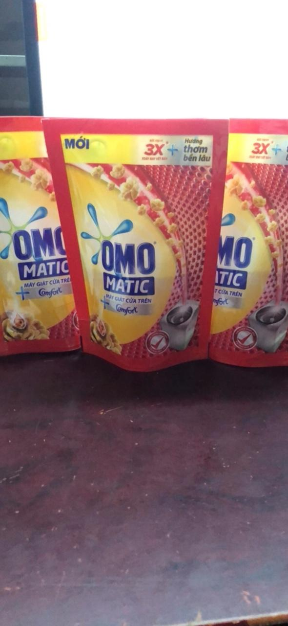 Hình ảnh Combo 20 túi nước giặt Omo cửa trên 143ml/ túi+ Tặng kèm 1 chai dầu gội clear thảo dược