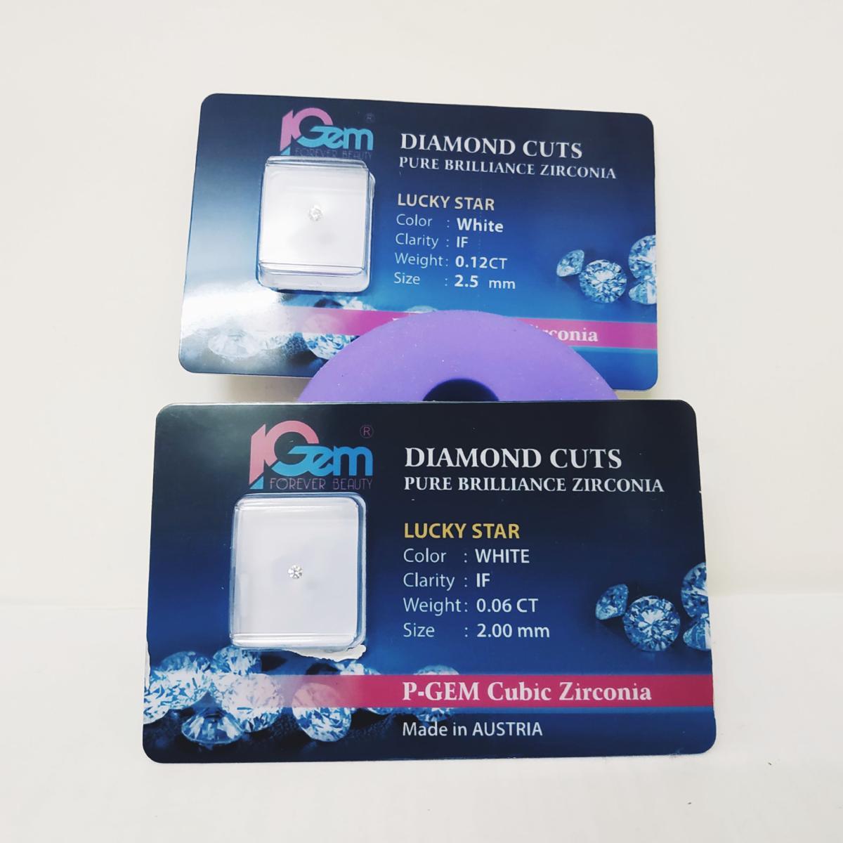 Đá kim cương đính răng cao cấp nhập khẩu từ Úc (đế bằng - đế nhọn, 2 li, 2.3 li, 2.5 li) BT Store