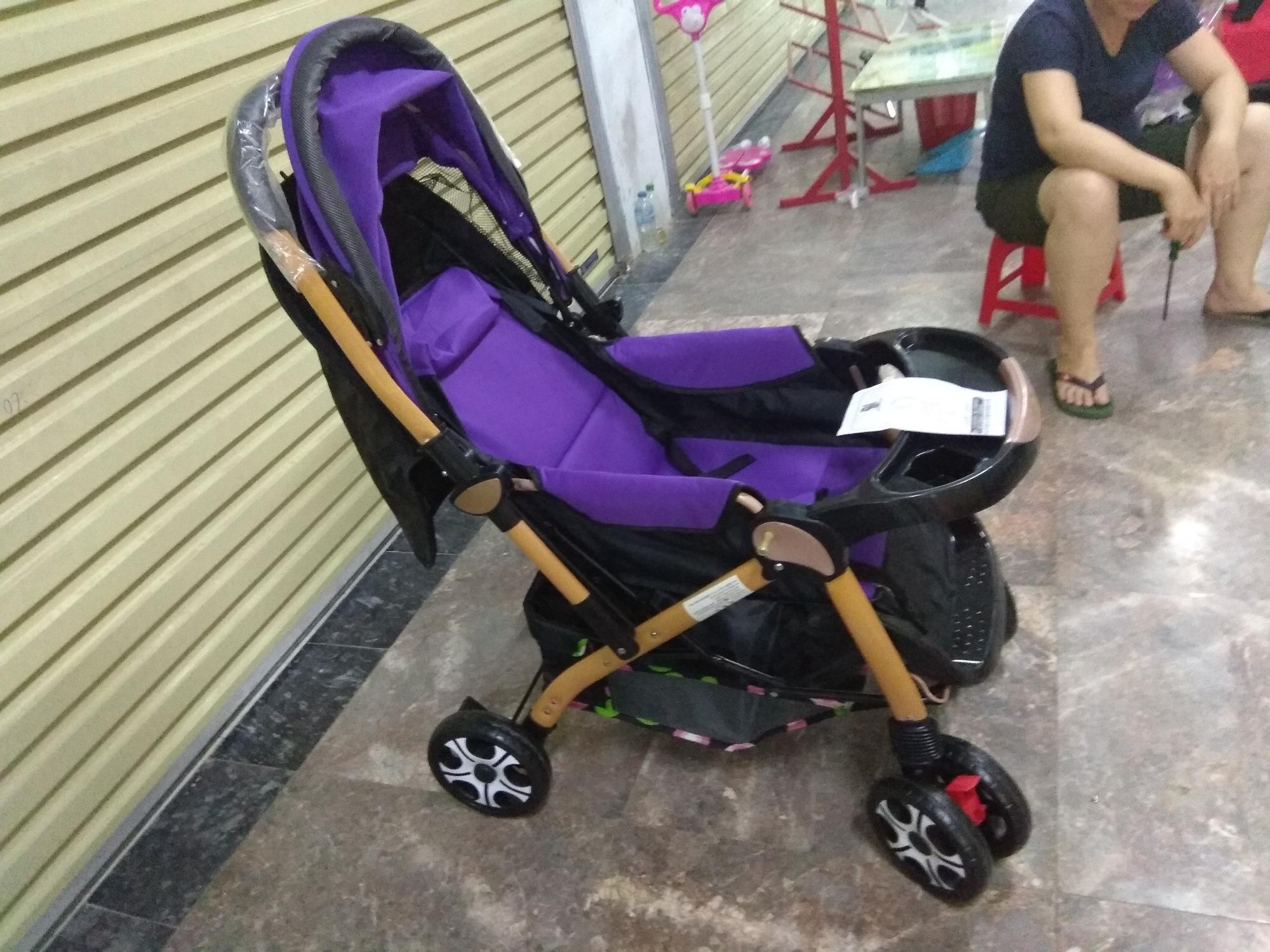 Xe đẩy em bé 2 chiều loại to.  Các  màu