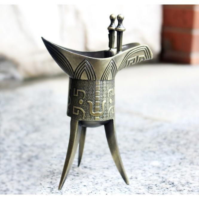 Ly Rượu đồng 3 Chân Giả Cổ Thời Tần Thủy Hoàng Cao Cấp By Kingshop3355.