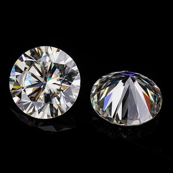 Moissanite diamond 8ly1
