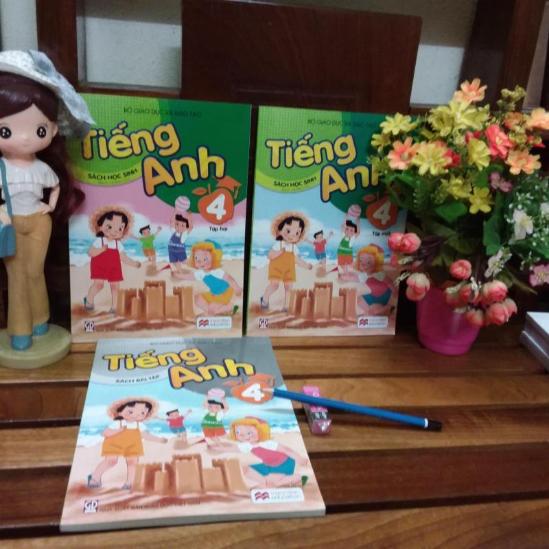 Mua sách giáo khoa - Tiếng anh lớp 4 ( sách + bài tập +1 bút chì +1 tẩy) sách theo chương trình mới bộ giáo dục 2018