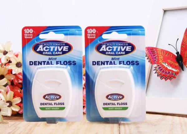 Chỉ nha khoa Beauty Formulas Mint Dental Floss - hộp 100 mét giá rẻ