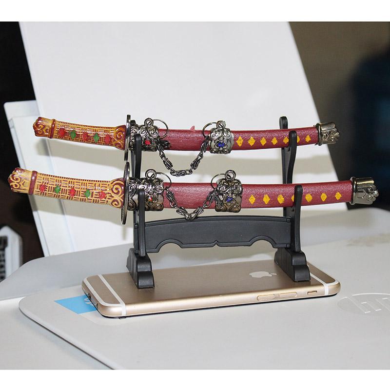 Hình ảnh bộ 2 thanh katana trưng bày nhỏ xinh đẹp