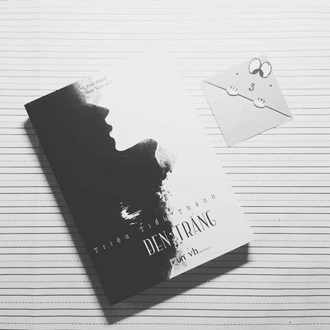 Mua Đen Trắng + Tặng kèm Bookmark