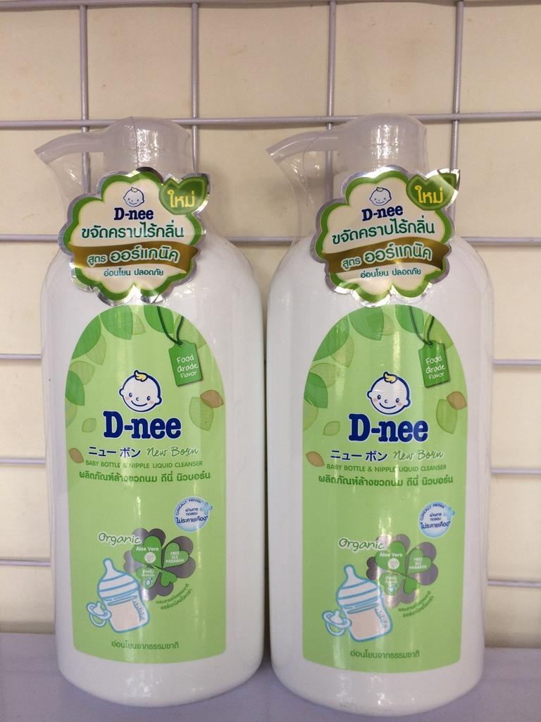 Súc bình sữa Dnee chai 620ml