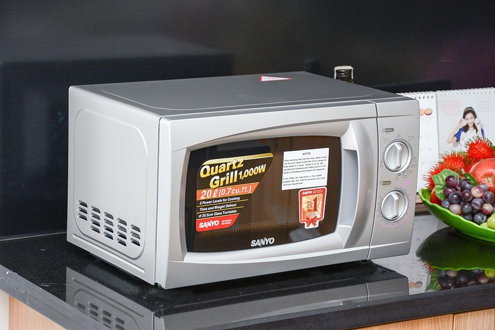 Lò vi sóng AQUA EM-AG2088V 20L