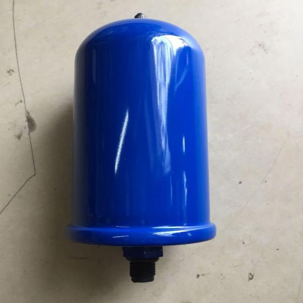 Bình tăng áp máy bơm màu xanh, màu nâu hoặc màu đen,  hỗ trợ cho máy bơm tạo áp lực nước và tác động lên rơ le làm cho rơ le đóng hoặc ngắt nguồn điện từ máy bơm