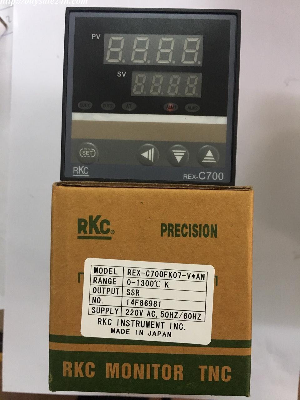 Bộ điều khiển nhiệt độ ( đồng hồ nhiệt độ ) RKC C700 mặt 72x72 75x75 ngõ ra SSR