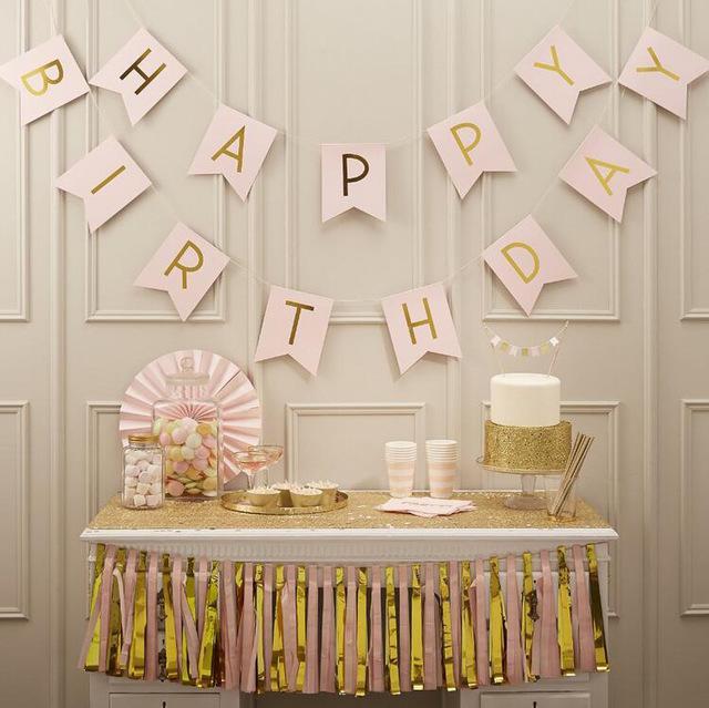 Hình ảnh Dây chữ happy birthday bằng giấy