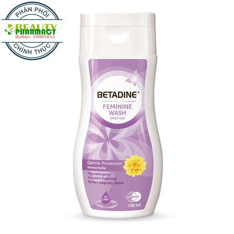 Dung Dịch Vệ Sinh Phụ Nữ Betadine Gentle Protect Immortelle 100ml (Tím) ( Tuýt) nhập khẩu