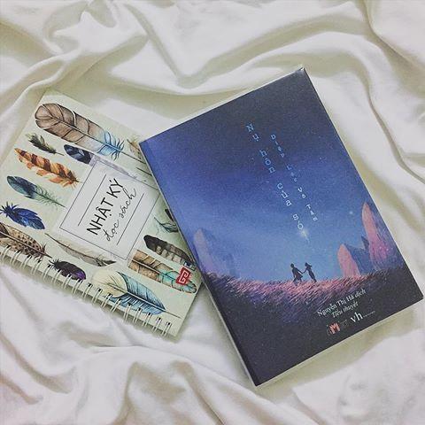 Mua Nụ Hôn Của Sói + Tặng Bookmark