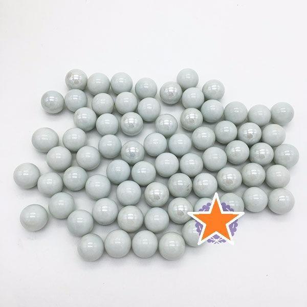 Hình ảnh Bộ 70 viên bi sứ màu trắng đục size 1.6 cm bằng thủy tinh