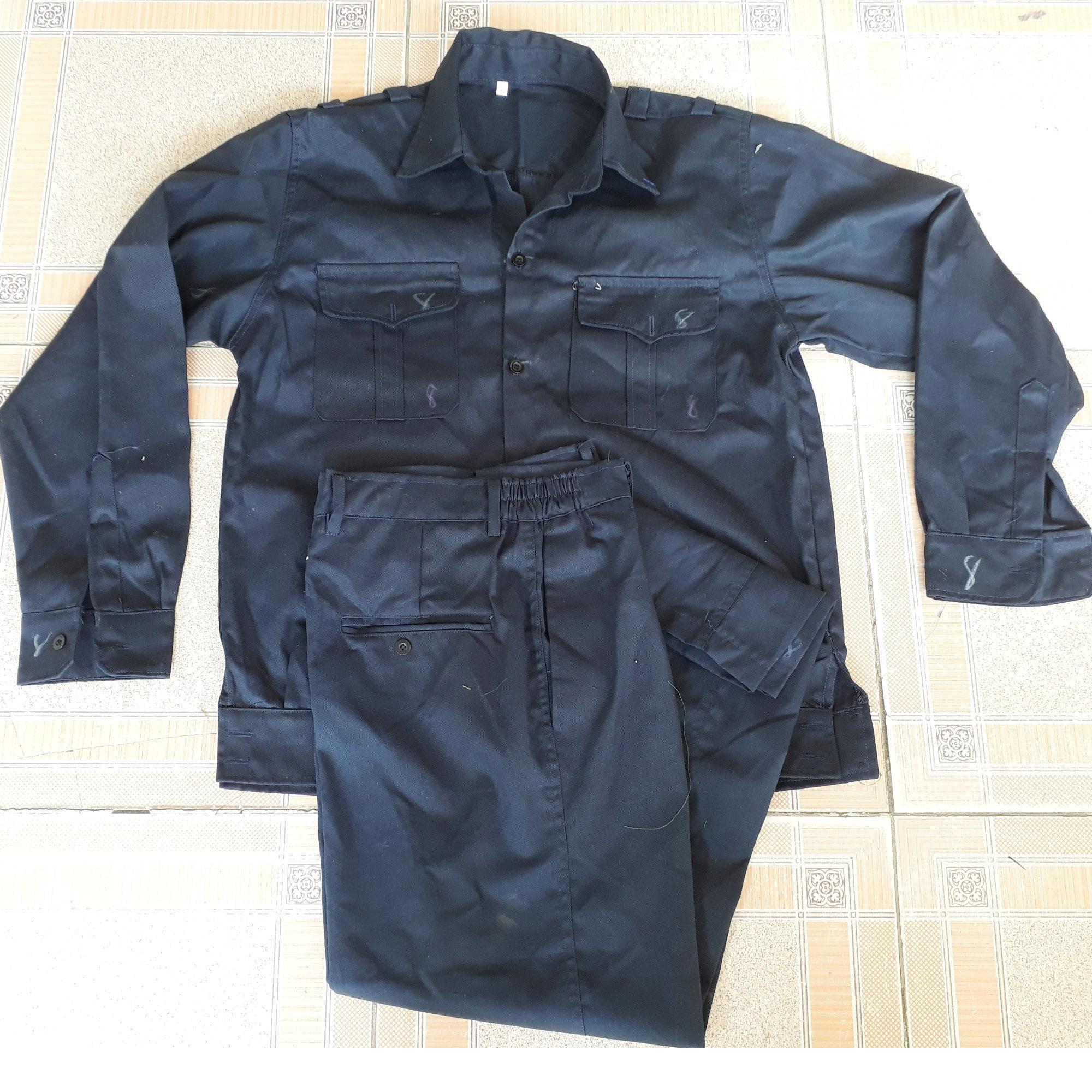 Bộ quần áo bảo hộ lao động màu chì