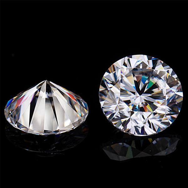 Moissanite diamond 8ly6