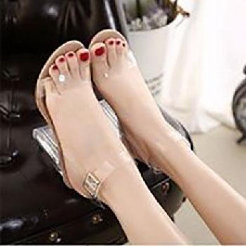 Sandal gót 9cm bản trong giá rẻ