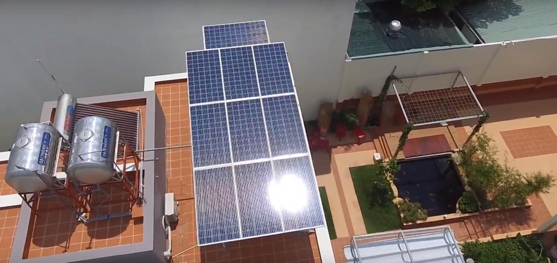 Hệ thống điện năng lượng mặt trời hòa lưới 3KW. Liên hệ nhà bán hàng để được tư vấn
