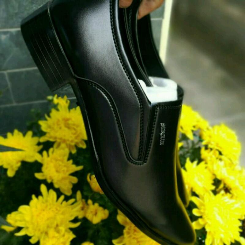 Mã Khuyến Mại tại Lazada cho Giày Công Sở Cao Cấp Giá Tận Xưởng Trong Top Giày Tây Bán Chạy Trong Tháng