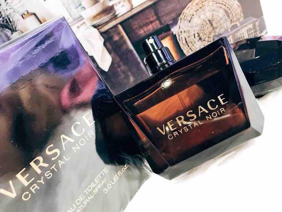 Nước hoa Versace Crystal Noir 90ml
