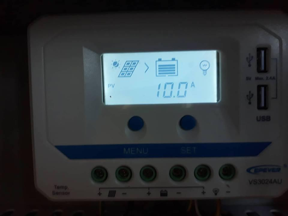 Tấm pin năng lượng mặt trời 160W Mono + tủ điện năng lượng mặt trời đơn hàng chị Xuyến Kim