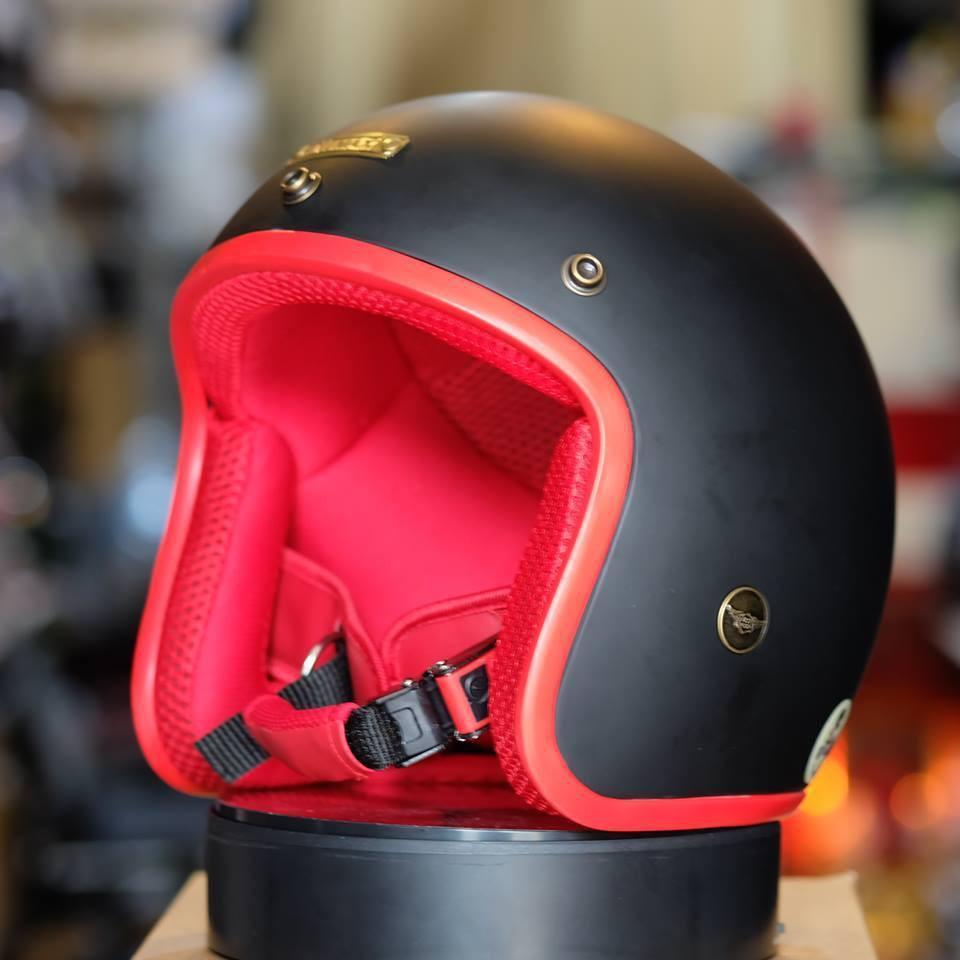 Mũ bảo hiểm 3/4 NTMax cao cấp đen nhám viền đỏ