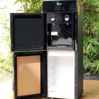 Cây nước nóng lạnh cao cấp 2 vòi FujiE WD1700E làm lạnh điện tử thiết kế sang trọng với lớp vỏ màu đen thumbnail