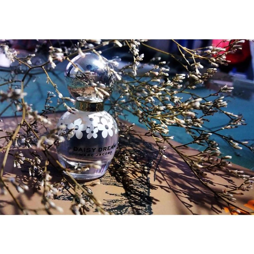 Ôn Tập Nước Hoa Nữ Marc Jacobs Daisy Dream Eau De Toilette 4Ml