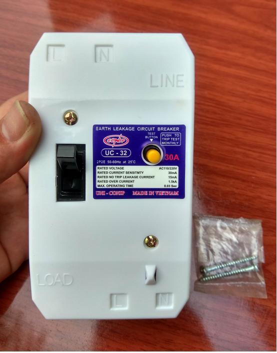 Aptomat chống giật 2P - 32A cao cấp + Bảo hành 5 năm (bộ 1 sản phẩm)