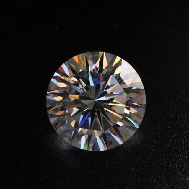 Kim cương nhân tạo 16 Hearts & Arrows 9mm