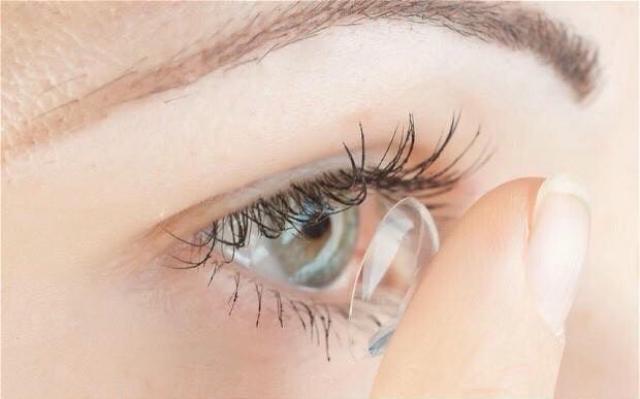Hình ảnh Kính áp tròng cận - Lens cận không màu trong suốt Hàn Quốc Vassen ( KHÁCH IB ĐỘ CẬN VỚI SHOP )