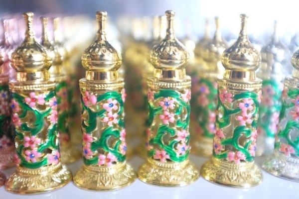 Tinh dầu nước hoa dubai tháp cổ đa sắc
