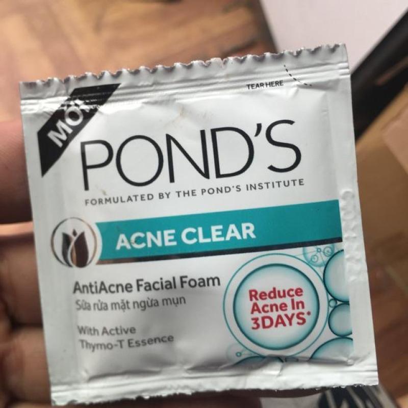 Trọn bộ 60 gói ( 4g/ gói) sữa rửa mặt ngừa mụn trắng da Ponds Acne Clear