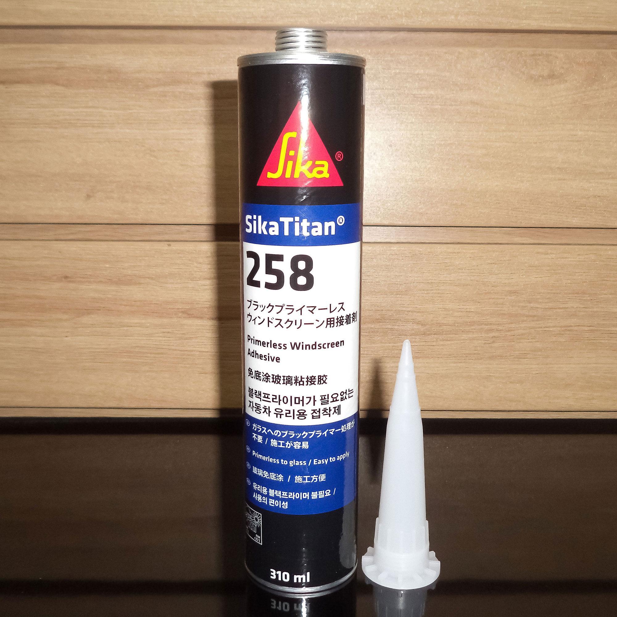 Keo dán kính Sika Titan 258 310ml (Đen)