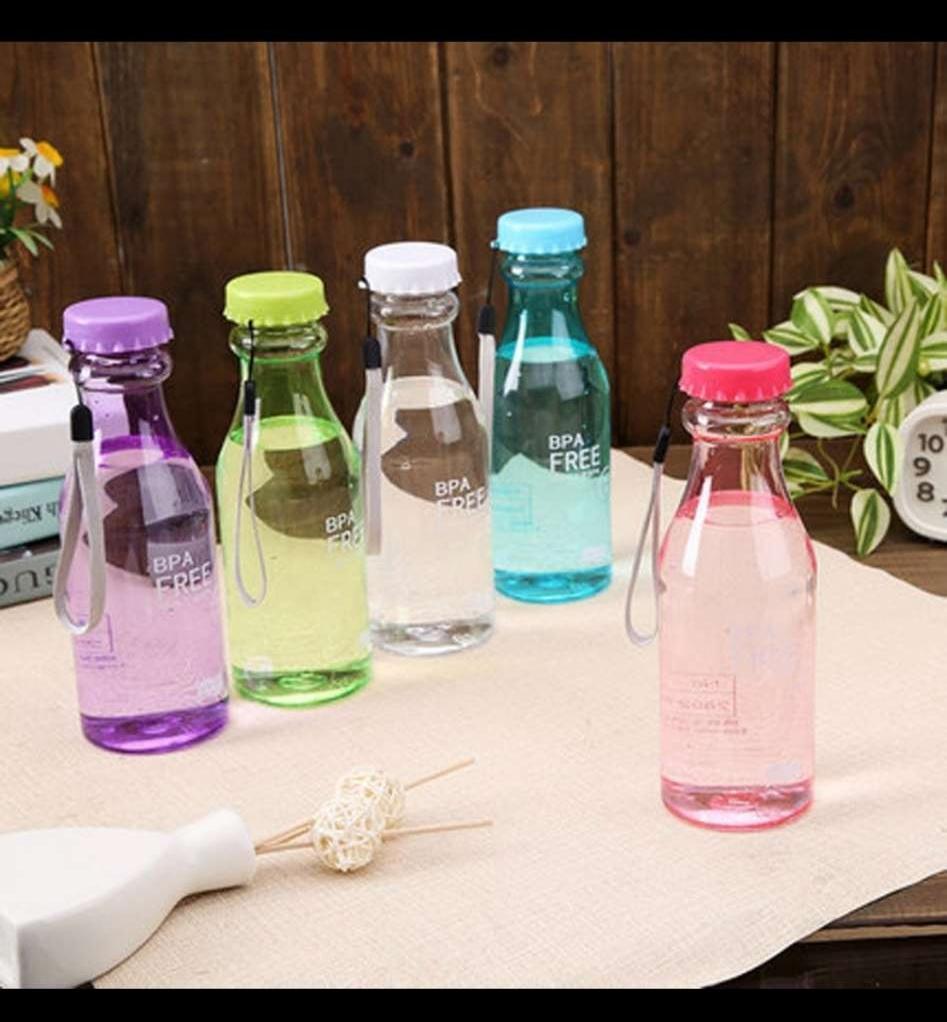 Bình nước nhựa nguyên sinh chống thấm nước kiểu dáng độc đáo