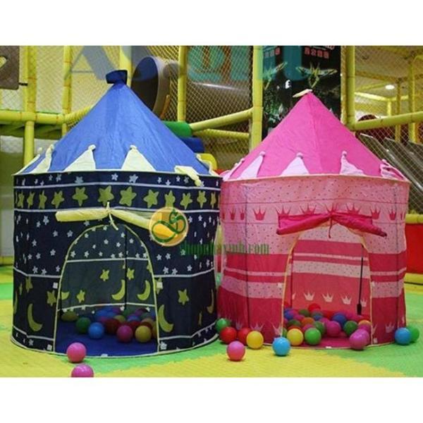 Lều lâu đài cho công chúa và hoàng tử nhỏ