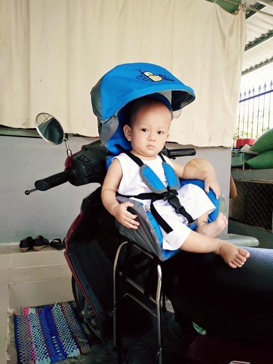 Ghế ngồi xe máy thông minh BeeSmart màu xanh dương (Dành cho xe tay ga)