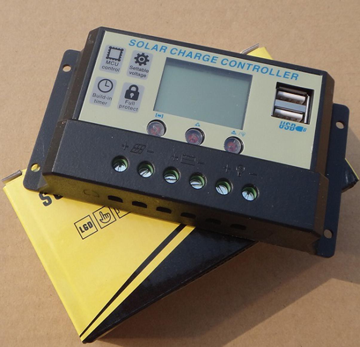 Bộ sạc pin năng lượng mặt trời 10A PWM 12V/24V LCD Auto